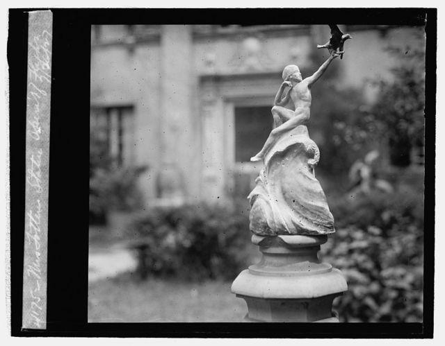 "Mrs. Totten statue ""Spirit of Flight,"" 7/26/27"
