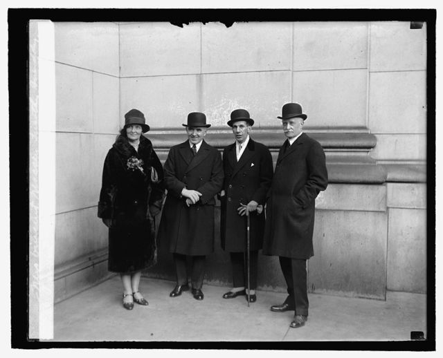 Mrs. Vincent Massey, Timothy Smiddy, Vincent Massey, Sir Esme Howard, 2/15/27