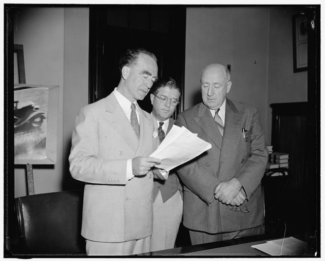Murphy bestows blessing upon LaFollette bill. Washington, D.C., June 2. Attorney General Frank Murphy today put in one of his rare appearances upon the Hill to endorse a bill proposed by Senator Robert M. LaFollette, Jr. to outlaw oppressive labor practices. He proposed, however, two amendments to the bill to clearly state that company guards with criminal records be declared illegal, and that suits to restrain oppressive labor practices be filed through the Justice Department rather than the Labor Department. Left to righ: Murphy, Senator LaFollette and Senator Elbert Thomas of Utah, member of the Subcommittee which heard Murphy
