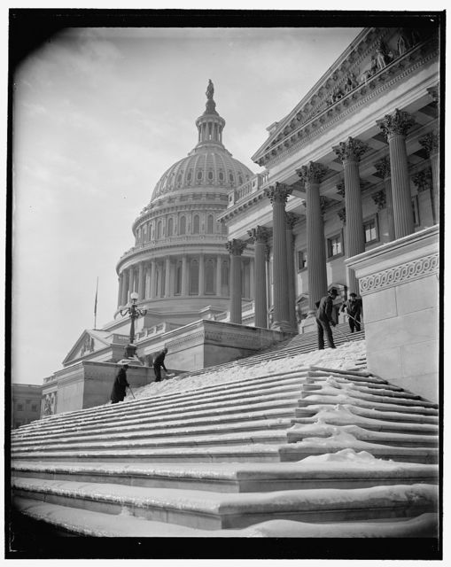 National Capitol digs out of snow. Washington, D.C., Jan. 14. Nearly five inches of snow blanketed the city yesterday, followed by sleet. Icy steps made the going to and from the Capitol difficult until workmen arrived this morning and scraped away the menace, 1/14/39