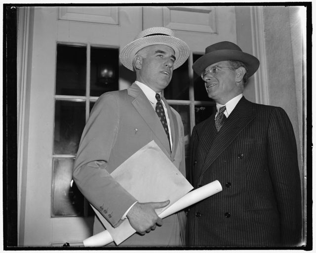 National Defense Commission meets at White House. Washington, D.C., June 20. Among the president's appointments today at the White House was one with his National Defense Commission. Pictured here are two members, Edward R. Stettinius Jr., left, and Sidney Hillman, right