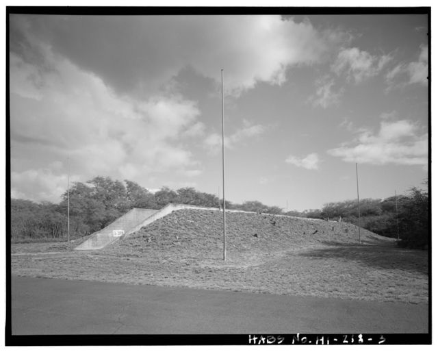 Naval Magazine Lualualei, West Loch Branch, Railroad Barricade Type, Third Street & north of G Avenue & Fourth Street intersection, Pearl City, Honolulu County, HI