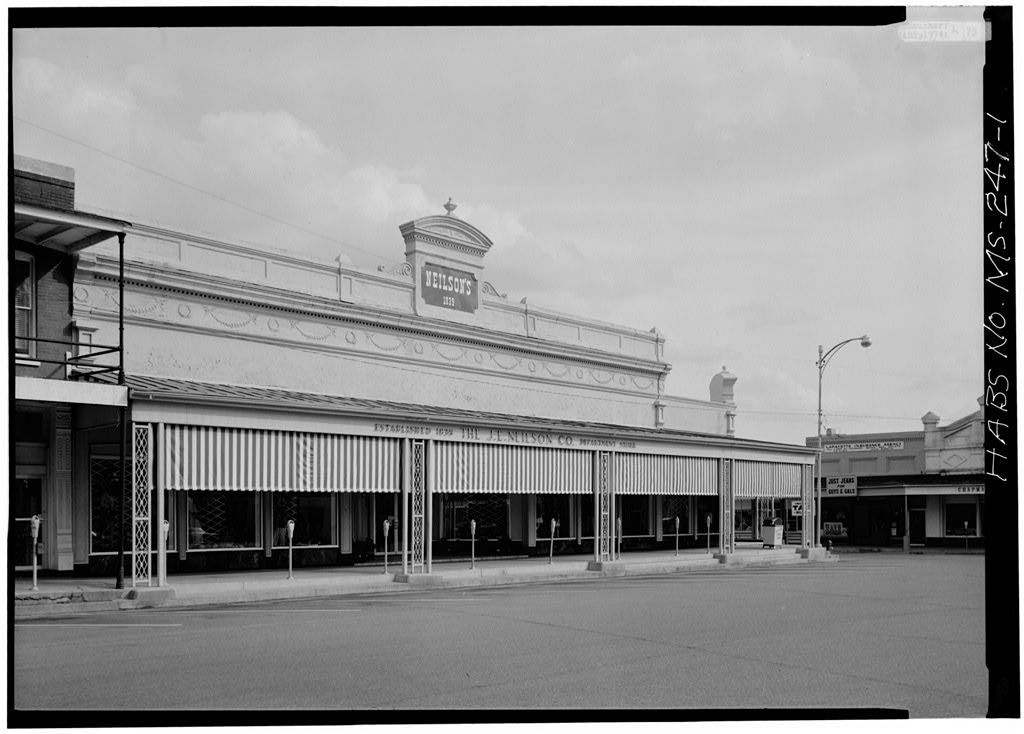 Neilson's, On Square, Oxford, Lafayette County, MS