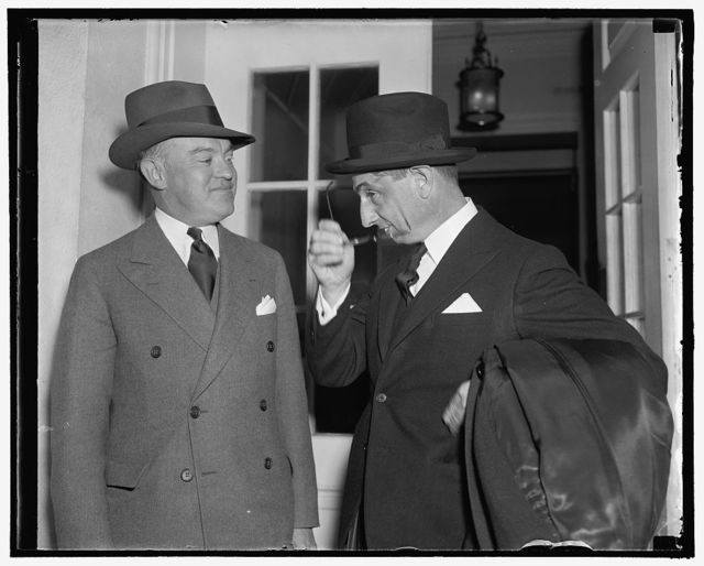 New Philippine Commissioner visits the President. Washington, D.C., Oct. 28. Joaquin Miquel Elizalde, left, new Resident Commissioner from the Philippines with Sec. of War, Harry Woodring. Leaving the White House after paying the first official visit to the President, 10-28-38