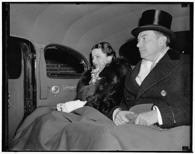 Newly nominated Attorney General and Mrs. Jackson leave for White House reception. Washington, D.C., Jan. 4. Robert H. Jackson, who was nominated by President Roosevelt today to succeed Frank Murphy as Attorney General, and Mrs. Jackson leaving their hotel tonight for the Judiciary reception at the White House