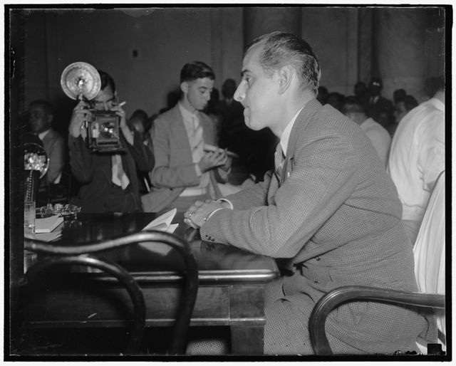 Newsreel cameraman describes Chicago strike riots to Senate Civil Liberties Committee. Washington, D.C., July 2. Orlando Lippert, cameraman for Paramount News, describing to the Senate Civil Liberties Committee today the scenes he photographed for his reel at the Memorial Day strike riots at the south Chicago plant of the Republic Steel Corp. The pictures which suppressed by Paramount were screened for members of the committee today, 7/2/37