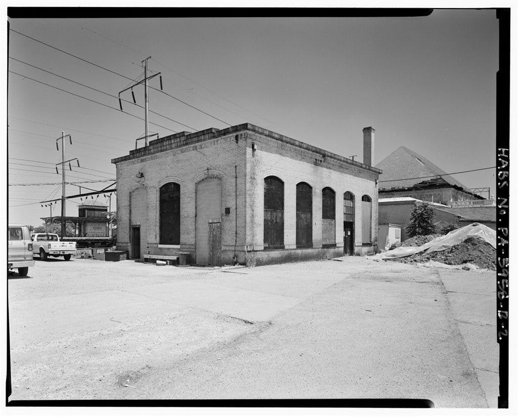 North Philadelphia Station, Mechanical Building, 2900 North Broad Street, on northwest corner of Broad Street & Glenwood Avenue, Philadelphia, Philadelphia County, PA