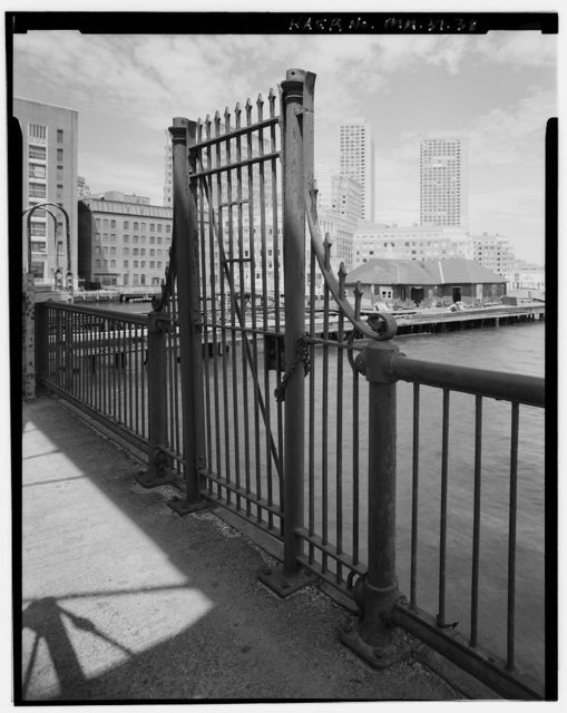 Northern Avenue Swing Bridge, Spanning Fort Point Channel at boundary between Boston & South Boston, Boston, Suffolk County, MA