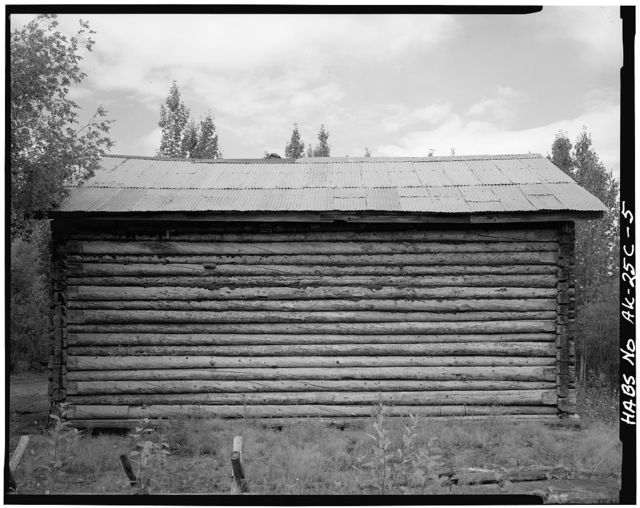 Northern Commercial Company Store, Koyukuk River at Wiseman Creek, Bettles Vicinity, Wiseman, Yukon-Koyukuk Census Area, AK