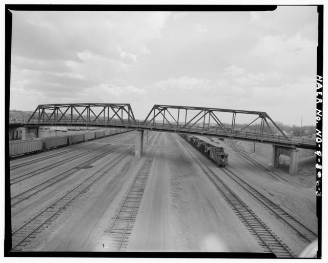 Northern Pacific Railroad Overhead Bridge, Spanning Burlington Northern Railroad, Mandan, Morton County, ND