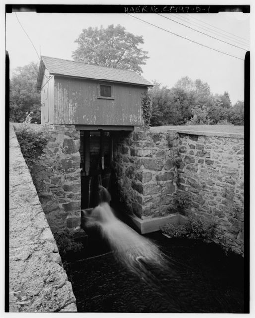 Norwich Water Power Company, Canal Drain Gate, West bank of Shetucket River opposite Twelfth Street, Greenville section, Norwich, New London County, CT