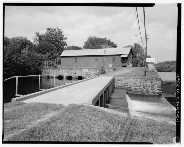 Norwich Water Power Company, Canal Spillway, West bank of Shetucket River between Thirteenth & Fourteenth Streets, Greenville section, Norwich, New London County, CT