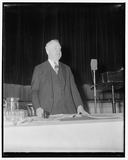 Noted newspaper editor of Emporia. Washington, D.C., April 26. A new informal photograph of William Allen White, former President of the American Association of Newspaper Editors, and well known publisher of the Emporia, Kansas, Gazette