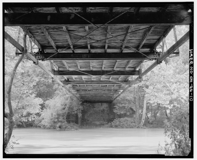 Oakgrove Road Bridge, Township Road 42 Spanning Little Miami River, Dodsonville, Highland County, OH
