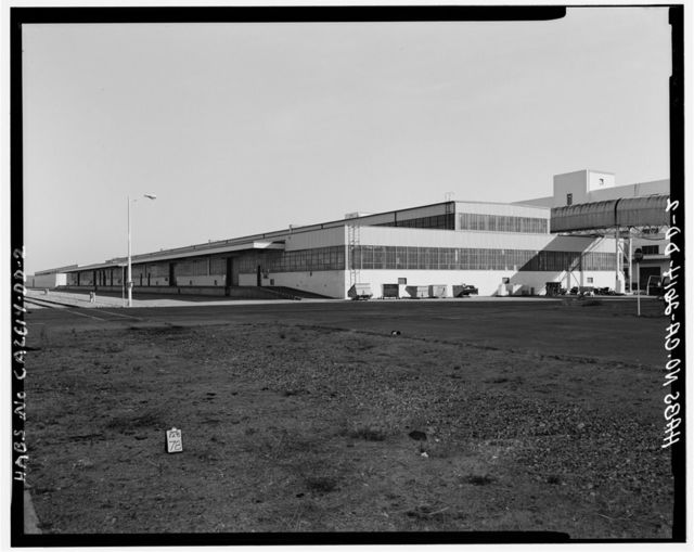 Oakland Naval Supply Center, Heavy Materials & Paint-Oil Storehouses, Between Fourth & Sixth streets, between B & D Streets, Oakland, Alameda County, CA
