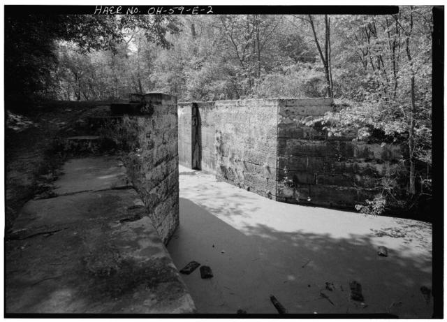 Ohio & Erie Canal, Lock No. 28, East of  Junction of  Major & Riverview Roads, Peninsula, Summit County, OH