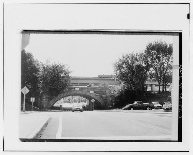 Original Airport Entrance Overpass, Spanning original Airport Entrance Road at National Airport, Arlington, Arlington County, VA