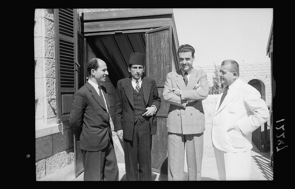 Palestine Broadcasting Service. Arab section group of four, Ajaj Eff., etc.