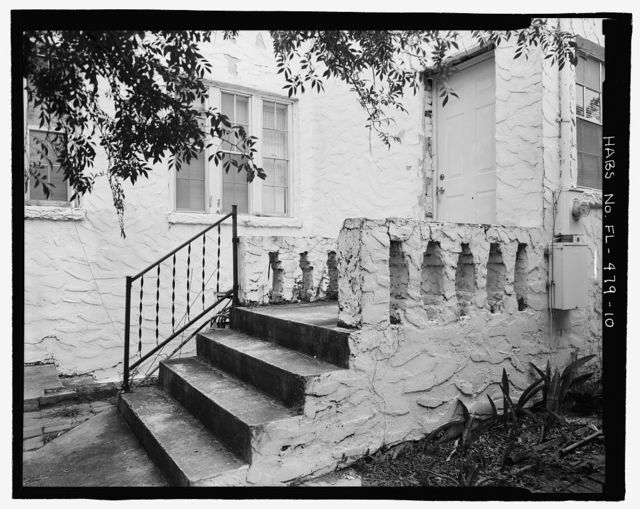 Pauline Kilker House, 1410 North Lincoln Avenue-3300 West Laurel Street, Tampa, Hillsborough County, FL