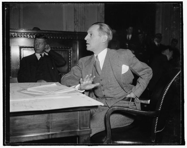 Payment of soldiers bonus partly to blame for current business recession. Washington, D.C., Jan. 4. Appearing before the Special Senate Committee on unemployment, Federal Reserve Board Chairman Eccles today declared that payment of the soldiers bonus in 1936 helped create price distortion that pushed recovery out of balance and led toward the current business recession, 1/4/38