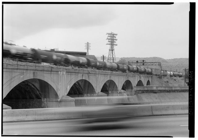 Pennsylvania Railroad, Conemaugh River Viaduct, Spanning Conemaugh River, north of Stonycreek River, Johnstown, Cambria County, PA