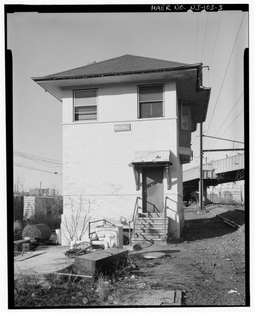 Pennsylvania Railroad, Hunter Interlocking Tower, East end of Bigelow Street at Amtrak milepost 10.55, Newark, Essex County, NJ