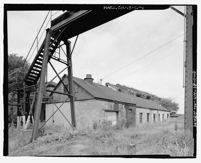 Pennsylvania Railway Ore Dock, Lunch-Shower Building, Lake Erie at Whiskey Island, Cleveland, Cuyahoga County, OH