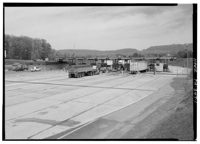 Pennsylvania Turnpike, Breezewood Interchange, Near State Route 2029 about 1 mile Southwest of Breezewood, Breezewood, Bedford County, PA