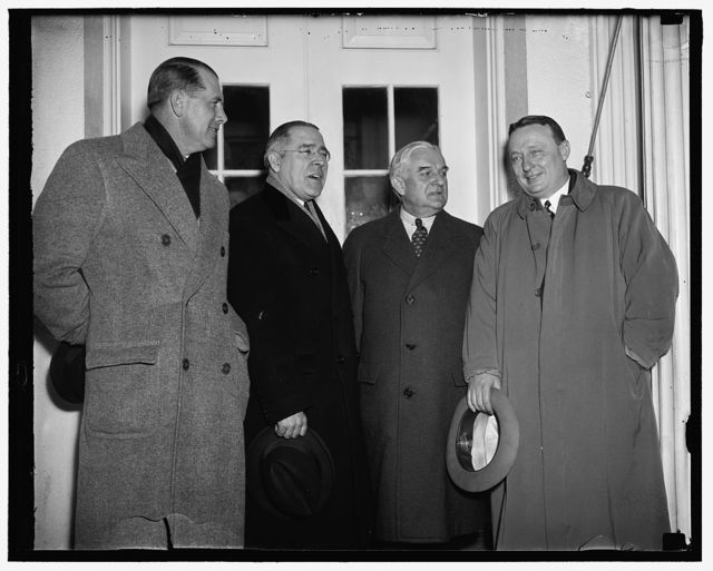 Pennsylvania wants $60,000,000. Washington, D.C. A delegation from Pennsylvania called at the White House today asking for a $60,000,000 PWA Grant. President Roosevelt received the group. Left to right: John B. Kelly, Secretary of State Revenue for Pa.; Dave Lawerence, Democratic State Chairman; Senator Joseph Guffey; and Governor Earle