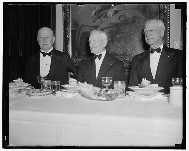 Pershing Guest of Honor of Baltic Club. Washington, D.C., June 1. General John J. Pershing was Guest of Honor tonight at the annual dinner of the Baltic Club, which is comprised of members of the A.E.F. who served overseas with the famous General during the World War. Left to right : Maj. Gen. James G. Harbord, Toastmaster, who was Pershing's Chief of Staff in France; General Pershing; and Maj. Gen. Merritte Ireland, who was Asst. Surgeon General was responsible for the health of the troops in France during the World War