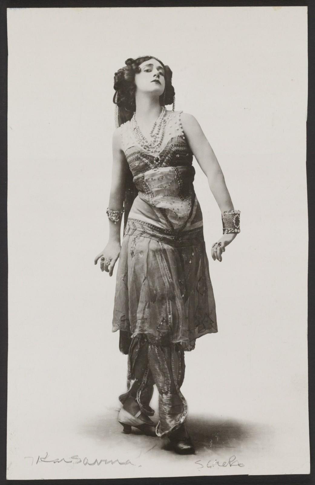 Photograph of Tamara Karsavina in Schéhérazade, n.d., no photographer