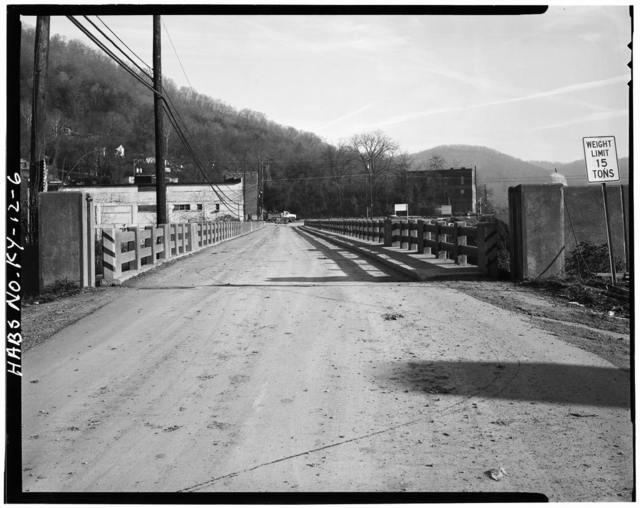 Pine Street Bridge, Pine Street (State Route 66) ,spanning Cumberland River, Pineville, Bell County, KY
