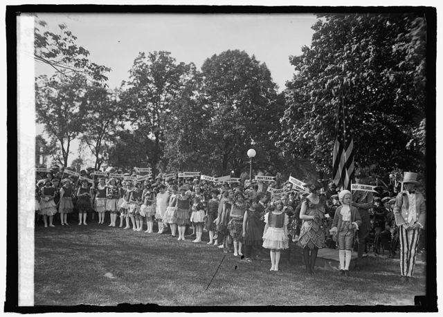 Planting birch tree at Capitol, [Washington, D.C.], Dist. Fed. of Women's Clubs, 5/9/25
