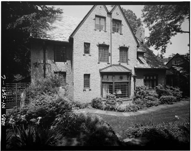 Ralph Bunche House, 115-125 Grosvenor Road, Kew Gardens, Queens County, NY