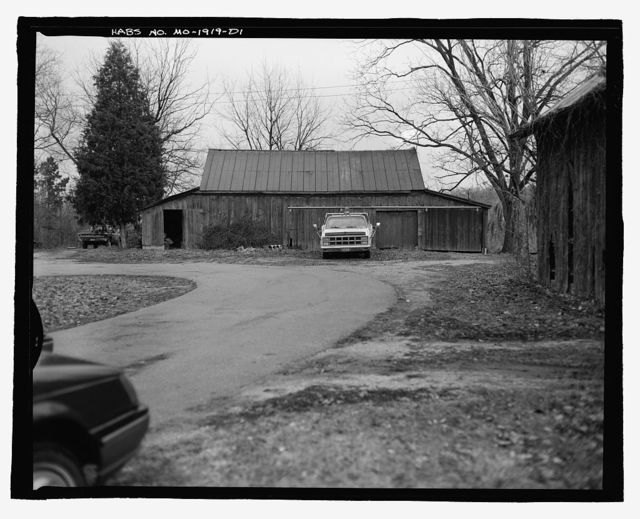 Ralph Richterkessing Farm, Garage-Shed, 4600 I-70 North Service Road, Saint Peters, St. Charles County, MO