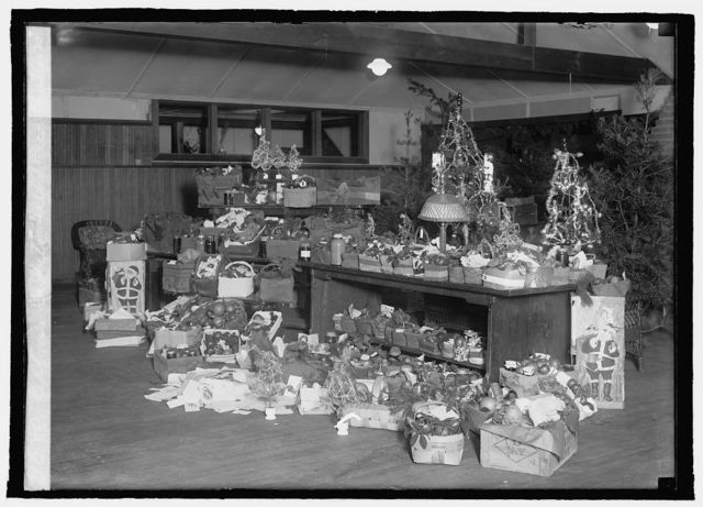 Red Cross baskets, Walter Reed, Christmas '20