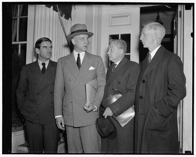 Refugee Advisory Committee reports to President Roosevelt. Washington, D.C., Nov. 16. Members of the Advisory Committee on Refugees leaving the White House today and presenting a report to President Roosevelt. They said their visit was routine and declined to discuss the nature of the report. In the picture, left to right - Hamilton Fish Armstrong, New York City - Undersecretary of State Sumner Welles - George I. Warren, New York City - James G. McDonald of New York City, Chairman of the Committee