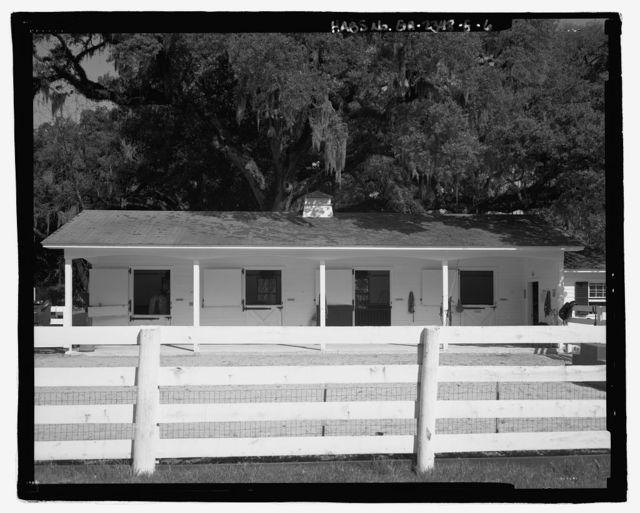 Richmond Hill Plantation, Stable/Garage, East of Richmond Hill on Ford Neck Road, Richmond Hill, Bryan County, GA