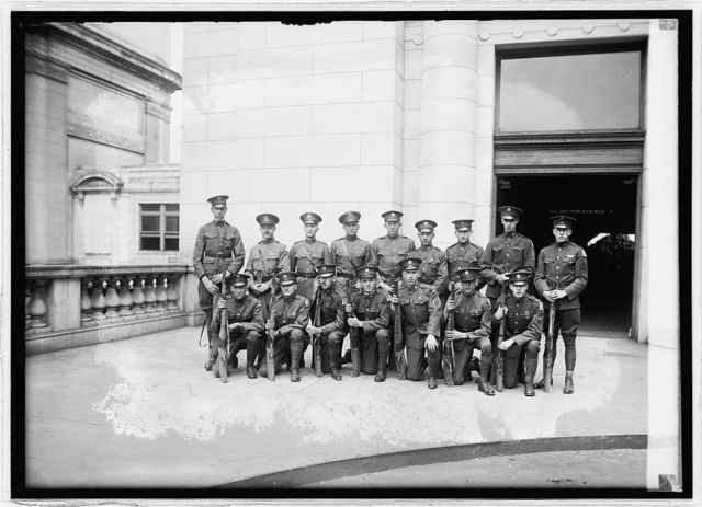 Riflemen of Engineer Corps, Dist. of Col. Natl. Gaurds at Union Station, [Washington, D.C.,] 9/5/24