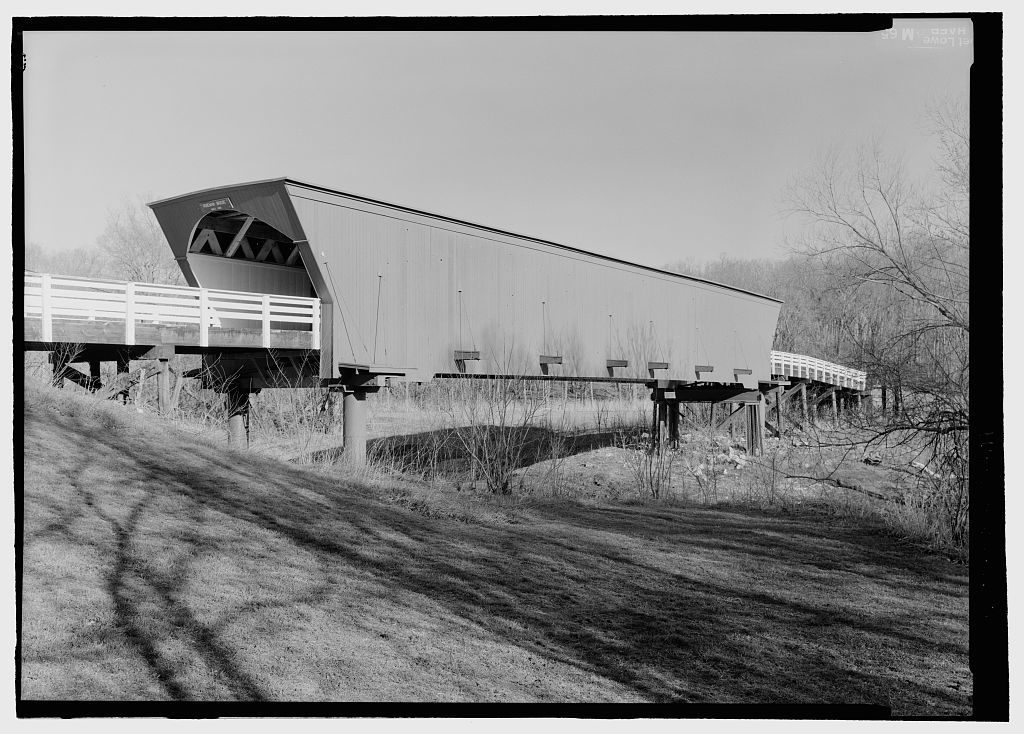 Roseman Bridge, Spanning Middle River at bypassed section of Webster Township Road, Winterset, Madison County, IA