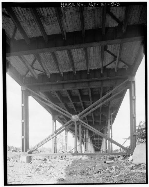 Route 1 Extension, South Street Viaduct, Spanning Conrail & Wheeler Point Road at South Street, Newark, Essex County, NJ