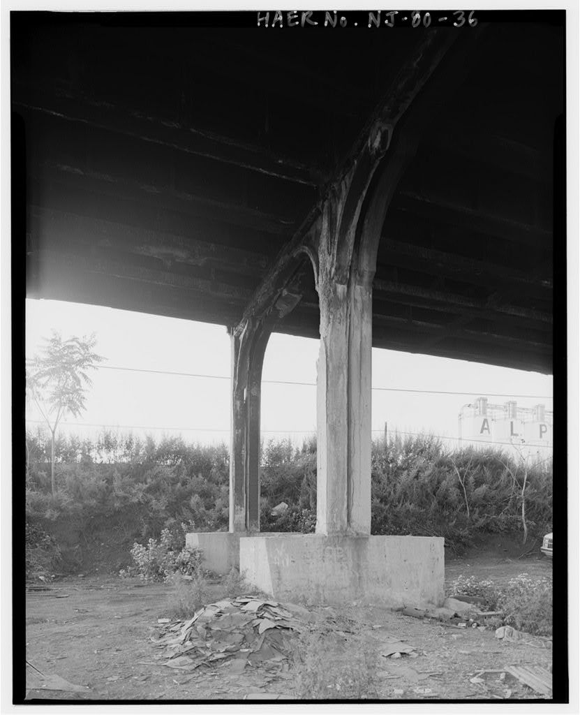 Route 1 Extension, Southbound Viaduct, Spanning Conrail Yards, Wilson Avenue, Delancy Street, & South Street on Routes 1 & 9 Southbound, Newark, Essex County, NJ