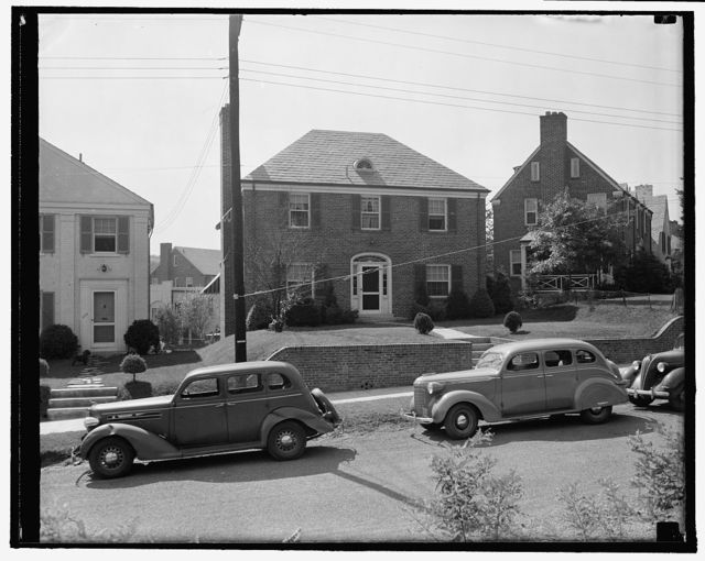 Scene of Black broadcast. Washington, D.C., Oct. 1. From this house, the home of Claude E. Hamilton, Jr., at 3122 Tennyson Street, Justice Hugo L. Black will tonight by radio give the nation the answer to the charges that he is or was a Klu Klux Klansman. Hamilton, Counsel for the RFC, is a close friend of Justice Black. 10/1/37