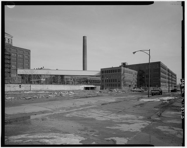 Sears Roebuck & Company Mail Order Plant, Bounded by Lexington & Grenshaw Streets, Kedzie Avenue & Independence Boulevard, Chicago, Cook County, IL