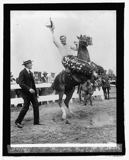 Secty. Jardine and Tom Mix at horse show, 5/21/25