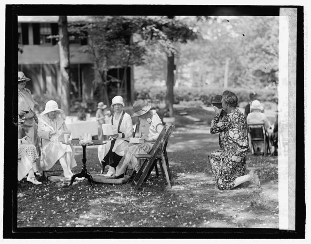 Senate ladies luncheon at home of Mrs. New, 5/18/26