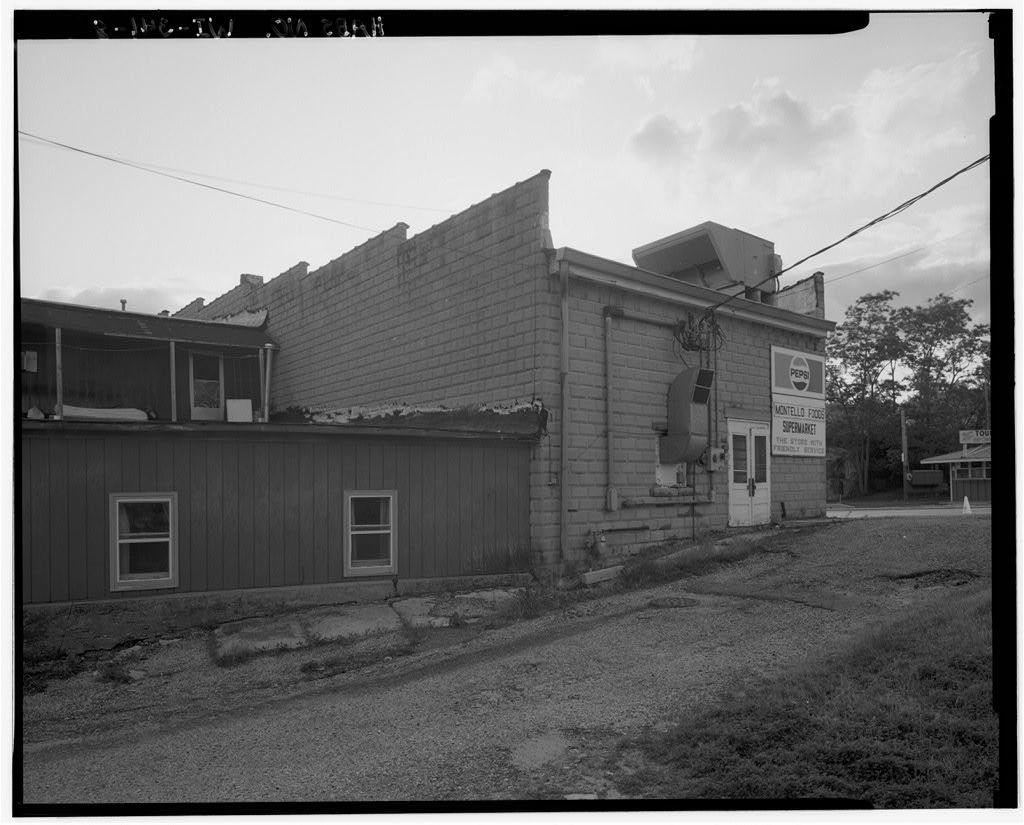 Smart Block, 6 Main Street, Montello, Marquette County, WI