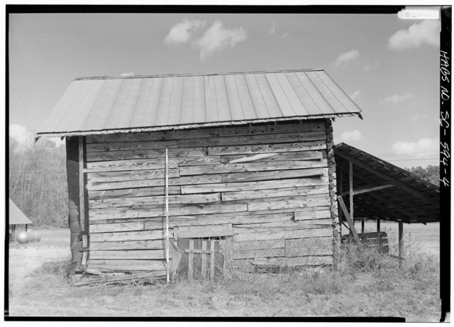 Smith Tobacco Barn, 1/4 mile south of Secondary Road 17-34 & 1/2 mile north of Highway 17-155, Dillon, Dillon County, SC