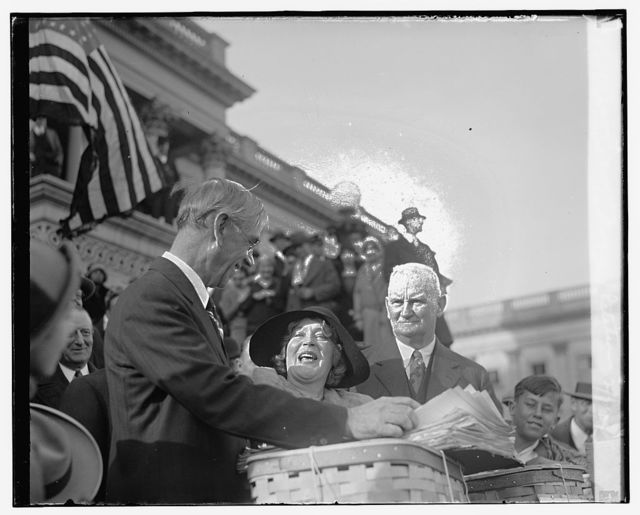 Smoot, Mae Murray, Hawley tax petitions, 12/7/29