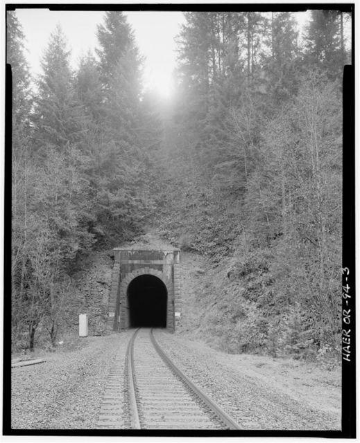 Southern Pacific Railroad Natron Cutoff, Tunnel 22, Milepost 581.85, Oakridge, Lane County, OR
